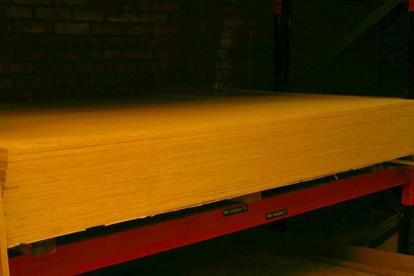 hout plaat lugano